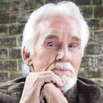 Kenny Rogers Plastic Surgery 150x150