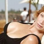 Lauren Holly Sexy Photo 150x150