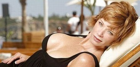 Lauren Holly Sexy Photo