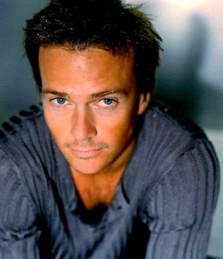 Sean Patrick Flanery Eyelid Surgery
