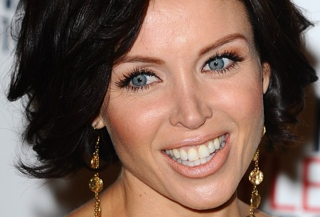 Danii Minogue Botox Injections To Enhance Her Appearance