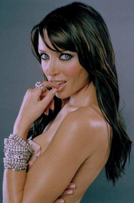 Dannii Minogue Sexy Look