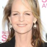 After Plastic Surgery Helen Hunt's Neck Does Not Have Sagging
