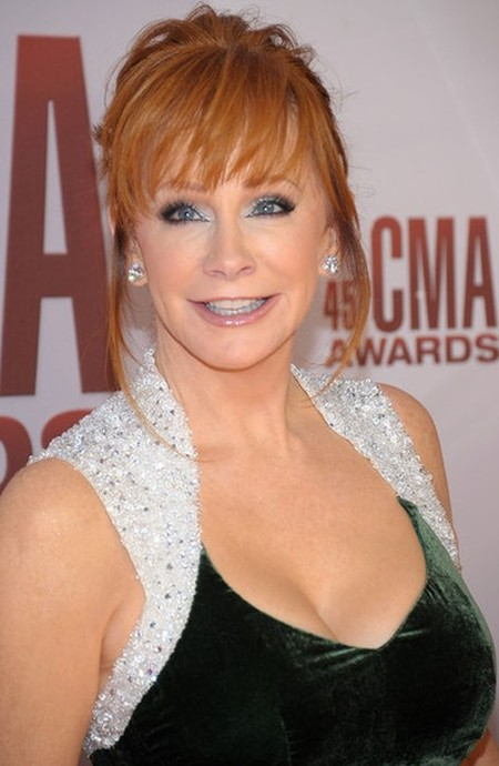After Plastic Surgery Reba McEntires Face Is Very Smooth And Perfect