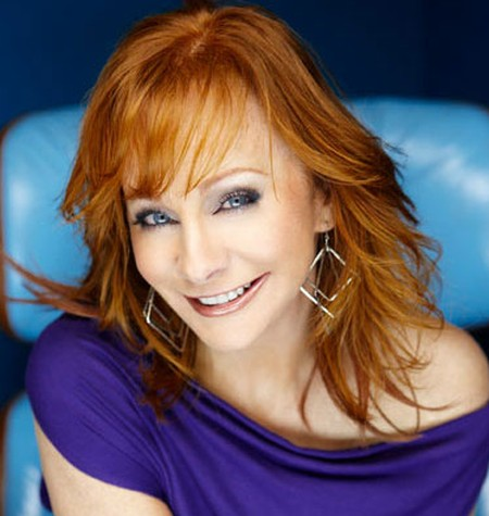 Reba McEntire Youthful Looks