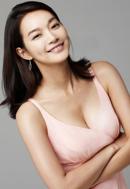 Shin-Min-Ah-After-Breast-Augmentation.jp