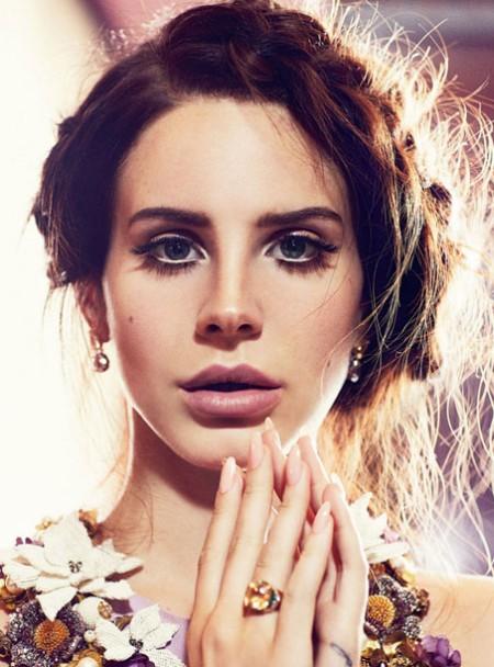 Lana Del Rey after plastic surgery