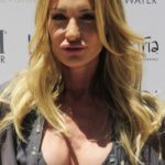 Taylor Armstrong boob job and lip implants plastic surgery