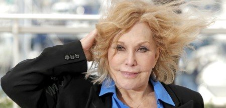 Kim Novak's Lips After Plastic Surgery Appear More Stretched