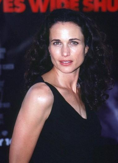 Andie MacDowell before plastic surgery