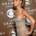 Beyoncé Plastic Surgery liposuction 150x150