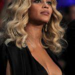 Beyoncé boobs Plastic Surgery 1 150x150