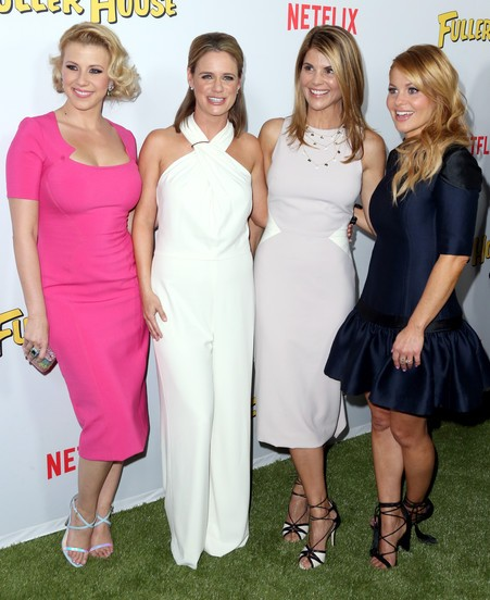 Fuller House Jodie Sweetin Lori Loughlin Candace Cameron Bure and Andrea Barber