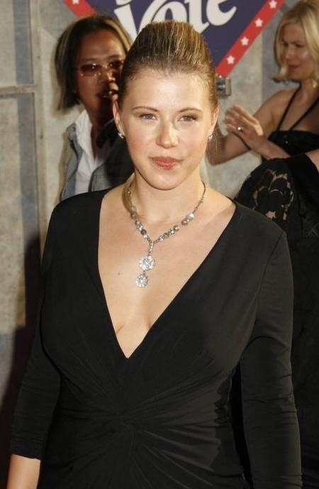 Jodie Sweetin 2008 before plastic surgery