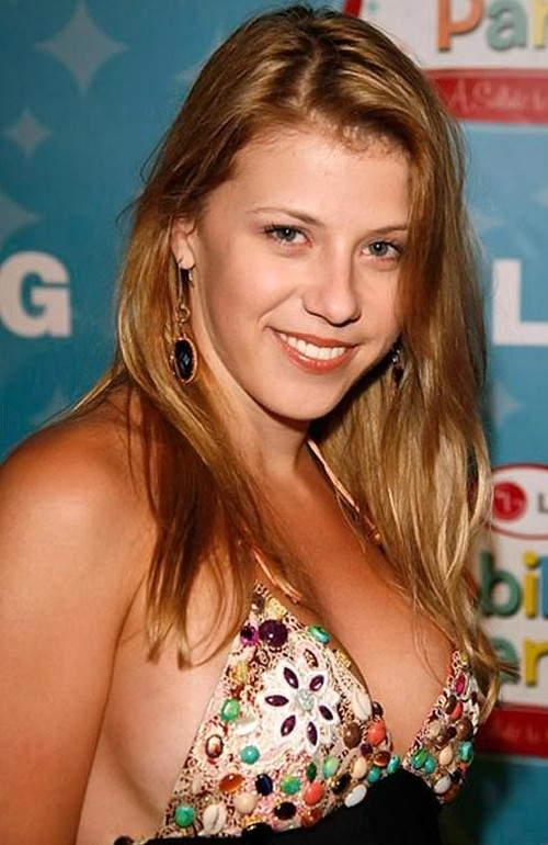 Jodie Sweetin after breast implants plastic surgery