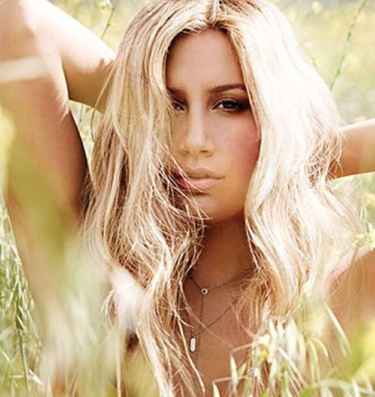 Ashely Tisdale Plastic Surgery nose after