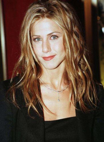 Jennifer Aniston Before Plastic Surgery