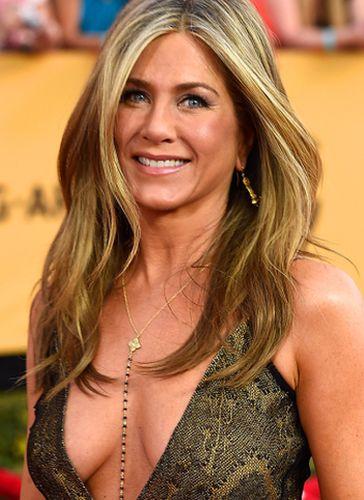 Jennifer Aniston Plastic Surgery Rumors