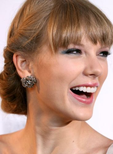 Taylor Swift Smile