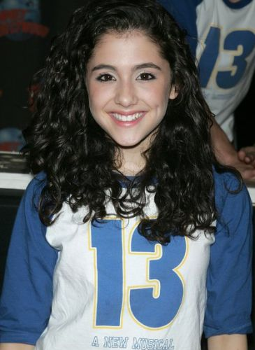 Ariana Grande Young Photo