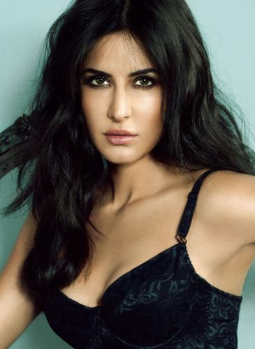 Katrina Kaif After Surgery Procedure