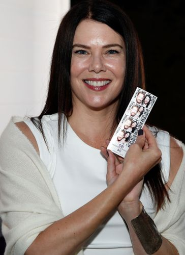 Lauren Graham Plastic Surgery Gossips