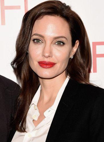 Angelina Jolie Plastic Surgery Gossips