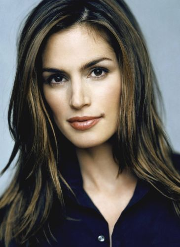 Cindy Crawford Before Facelift Surgery