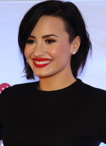 Demi Lovato After Surgery Procedure