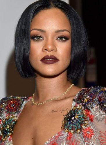 Rihanna Plastic Surgery Gossips