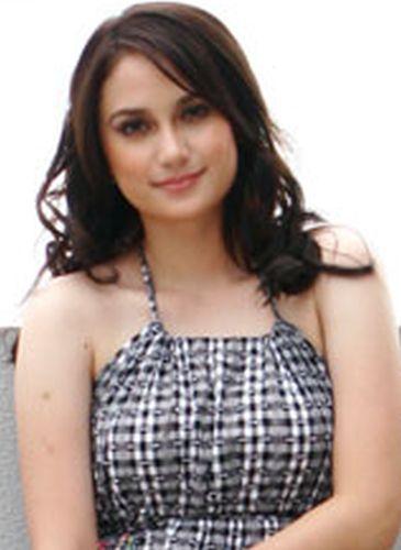 Arci Munoz Before Plastic Surgery