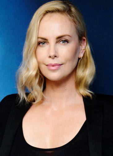Charlize Theron Plastic Surgery Gossips
