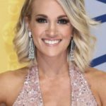 Carrie Underwood After Cosmetic Surgery 150x150